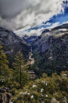 HDR Image of Yosemite Valley, Yosemite National Park #HDR #Photography