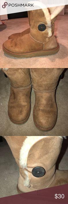 UGG Australia Bailey Button Boots Women's UGG Australia Bailey button boots size 8 UGG Shoes