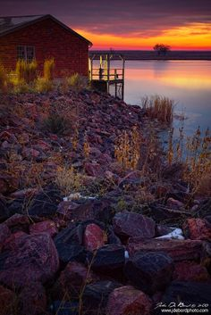 Color from a distant sunrise begins to creep in over the landscape and above Lake Ladora in Denver, Colorado Great Places, Places To Go, Beautiful Places, Lake Side, Country Scenes, Barn Homes, Dream City, Denver Colorado, Cabin Fever