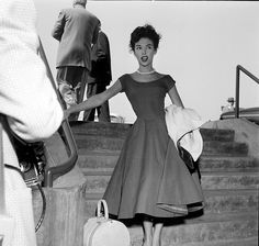 View and license Rita Moreno pictures & news photos from Getty Images. Rita Moreno, Puerto Rican Singers, Eartha Kitt, Katharine Hepburn, Vintage Fashion Photography, Vintage Glamour, Famous Women, Timeless Fashion, Timeless Beauty