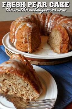 This Fresh Pear Cake recipe is easy to make and one you will enjoy many times in the future. Pear cakes are delicious and a family favorite. Pear Recipes Easy, Pear Dessert Recipes, Just Desserts, Delicious Desserts, Yummy Food, Desserts With Pears, Recipes With Pears, Thai Recipes, Cupcake Recipes