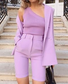 What to Wear When Going to School in Winter? Lila Outfits, Purple Outfits, Colourful Outfits, Colorful Fashion, Classy Outfits, Purple Fashion, Look Fashion, Chic Outfits, Fashion Outfits