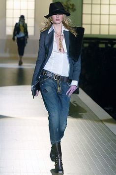 Dsquared2 Fall 2005 Ready-to-Wear Fashion Show - Anne Vyalitsyna