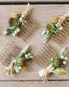A Casual Garden Party Wedding in Northern California The bride and her maids all wore hair combs laden with flowers and herbs, tied off with rustic twine. Floral Hair, Floral Crown, Flowers In Hair, Wedding Flowers, Real Flowers, Rustic Wedding, Our Wedding, Corona Floral, The Bride
