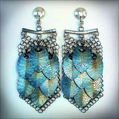 Ganoksin Exhibition - Fractal Scale Maille Earrings