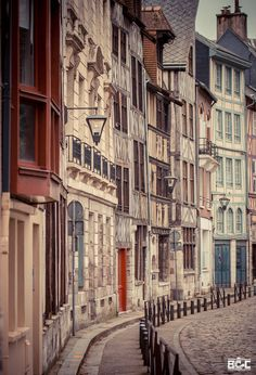 Rouen, France (by Blasito GC) (All things Europe) Paris River Cruise, Region Normandie, Rouen, City Landscape, Wanderlust Travel, Wanderlust Quotes, Loire, Normandy, London City