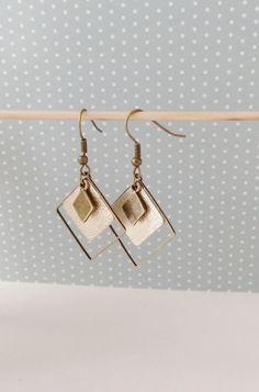 Boucles d'oreille triple losange laiton et cuir or clair brillant printemps été