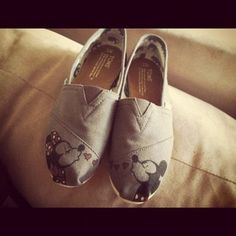 Mickey and Minnie Mouse TOMS