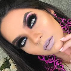 Pink Matte Lipstick, Instagram Baddie, Unique Makeup, Makeup Application, Makeup Brushes, Makeup Looks, Faces, Make Up, Beauty