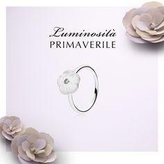 (2) PANDORA Italia - La purezza del bianco unita alla luminosità della...