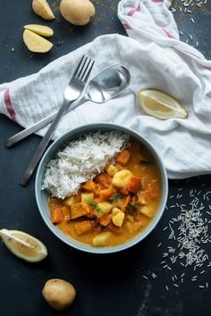 Rezept: Schnelles, mildes Kürbis-Süßkartoffel-Curry (vegan)