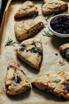 Blueberry Gluten-Free Scones Gluten Free Scones, Gluten Free Baking, Vegan Gluten Free, Baker Recipes, Bread Recipes, Diet Recipes, Vegan Recipes, Cooking Recipes, Minimalist Baker
