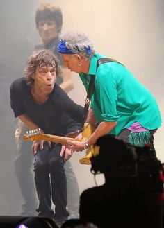 Mick Jagger and Keith Richards seen performing at Glastonbury Festival in Mick Jagger Rolling Stones, Los Rolling Stones, Charlie Watts, Keith Richards, Rock And Roll Bands, Rock Bands, Rock Roll, Ron Woods, Rock Legends
