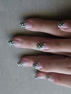 Elegant Acrylic Nail Art Tips
