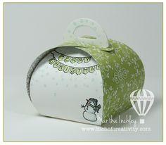Curvy Keepsake Box!