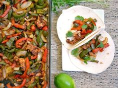 Using the oven to bake these oven fajitas makes them almost effortless, but still mouth-wateringly delicious. Step by step photos. By @budgetbytes