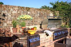 Giardino in stile in stile Rustico di Design Outdoors Limited