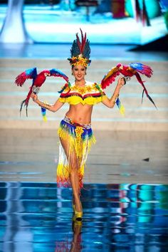 Miss Universe National Costume 2012 – Columbia