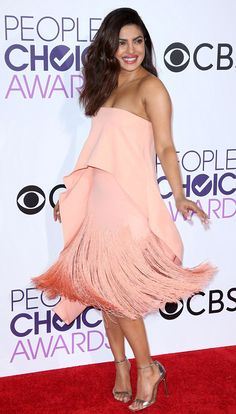 """Best Dressed: """"A winner in Summer Flamingo dancing mood"""" Priyanka Chopra in Sally LaPointe at People's Choice Awards Priyanka Chopra Images, Priyanka Chopra Hot, Oscar Dresses, Sexy Dresses, Nice Dresses, Dresses For Apple Shape, Most Beautiful Indian Actress, Petite Dresses, Bollywood Actress"""