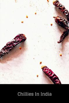 In this guide, you will find a list of the most popular types of chillies in India. These varieties are often used in Indian cooking. North Indian Recipes, South Indian Food, Indian Food Recipes, Yummy Snacks, Snack Recipes, Delicious Recipes, Indian Food Culture, Schezwan Chutney, Extra Recipe