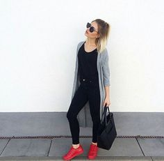 Each of these hipster outfits reveal a mix a couple of styles, time period intervals, or civilizations. Casual Skirt Outfits, Cardigan Outfits, Hipster Outfits, Trendy Outfits, Cute Outfits, Fashion Outfits, Heels Outfits, Casual Shoes, Red Sneakers Outfit