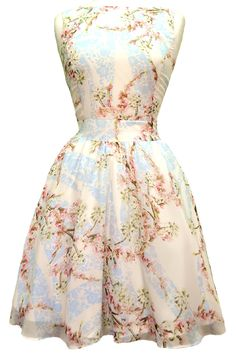 I just stumbled upon this awesome vintage dress site I am in love I can't wait to order after my surgery!!