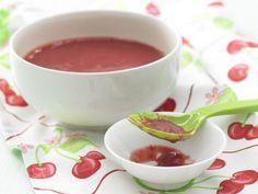 Kirschbrei mit Getreideflocken enthält neben wertvollen Fettsäuren viele verdauungsfördernde Ballaststoffe und reichlich Vitamin B2.