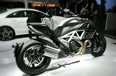 Ducati Diavel 1