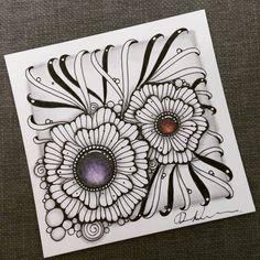 Flower Doodles, Doodle Flowers, Zentangle Patterns, Zentangles, Secret Box, Doodle Art Designs, Zen Doodle, Fb Page, My Fb