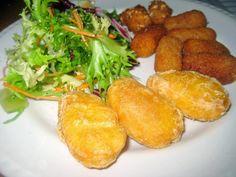 Aperitivo de los buenos !!!!! http://lasrecetassanasyligerasdemamarosa.blogspot.com.es/2014/10/chirlas-la-marinera-y-aperitivos-de-los.html