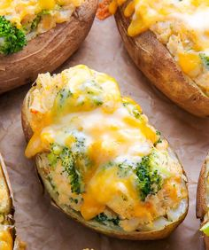 Broccoli and Cheddar Twice-Baked Potatoes | 15 Scrumptious Baked Vegetables Recipes | https://homemaderecipes.com/baked-vegetables-recipes/