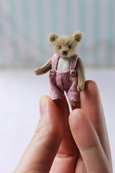 Antique teddy bear Artist memory bear Miniature dollhouse Art teddy bear Mohair bear Dollhouse dolls Plush bear Keepsake bear Vintage Artist Miniature Teddy Bear cub Stuffed Animal Tiny plush teddy bear Gift For Her Custom teddy toy P Crochet Teddy Bear Pattern, Knitted Teddy Bear, Crochet Bear, Crochet Dolls, Teddy Bear Gifts, Teddy Bear Toys, Cute Teddy Bears, Tiny Teddies, Antique Teddy Bears
