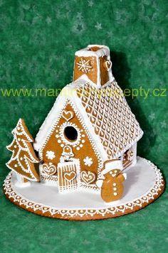 Perníková chaloupka 1 Gingerbread, Xmas, Bird, Outdoor Decor, Yule, Christmas Movies, Christmas, Birds, Natal