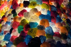 Consumerist Christmas Tree uses 2,000 plastic bags to make you rethink holiday…
