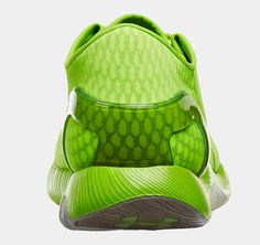 UA SpeedForm Running Shoes.....I see a frog, do you?