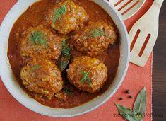 Pyszne gołąbki bez zawijania z posiekaną lub startą na tarce kapustą oraz z ryżem, w sosie pomidorowym. Meat, Ethnic Recipes, Food, Polish Food Recipes, Eten, Meals, Diet