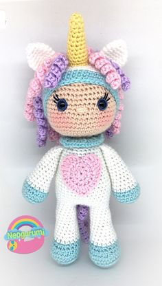 Unicorn doll crochet pattern A pdf version is available for purchase here: https://www.ravelry.com/patterns/library/unicorn-girl...