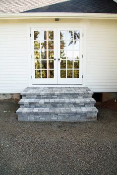 In the Fields : Outdoor Dining Patio Pavers Over Concrete, Concrete Stairs, Cement Patio, Brick Steps, Stone Steps, Front Porch Steps, Front Walkway, Patio Stairs, Outdoor Steps