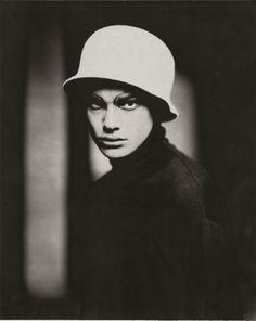Antony, Paris, 1998 © Paolo Roversi