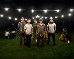 Farmington native Chris Freeman's Americana band with Connecticut roots shines bright nationwide. Drake Hotel, Old Song, Arts And Entertainment, Sounds Like, Connecticut, Good Music, Beautiful People, Banjos, Songs