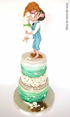 Sea wedding by Torte decorate di Stefy by Stefania Sanna - http://cakesdecor.com/cakes/288736-sea-wedding