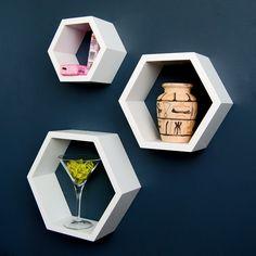 Ts-Ideen - Set scaffali esagonali, design rétro anni '70, da appendere alla parete o appoggiare sul pavimento, 3 pezzi, colore: Bianco: Amazon.it: Casa e cucina