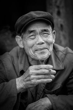 Villager, Jiuxian Village © Nick Rains