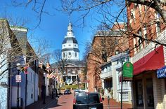 Annapolis Maryland: charming street with great character.