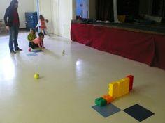 preK pasadena 2011/2012: MOTRICITE: Les jeux collectifs et les ateliers de lancer Activity Games For Kids, Relay Games, Physical Education, Ballons, Physics, Basketball Court, Sports, Tour, Stage
