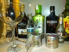 Nuestro corner bar, con bebidas premium para que disfrutes de la velada en nuestro hotel en estas noches de frío.