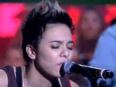 Maria Gadu canta  Lanterna dos Afogados  no Som Brasil Paralamas do Sucesso