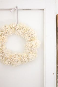 How to Make a Cozy DIY Pom Pom Wreath - Making it in the Mountains Valentine Decorations, Christmas Decorations, Holiday Decor, Fixer Upper, Christmas Home, Christmas Wreaths, Diy Craft Projects, Diy Crafts, Neutral Colors