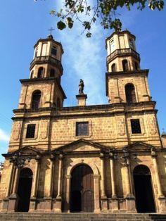Colombia -  La Catedral Santa Cruz, San Gil, Santander.
