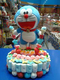 Doraemon es el protagonista de esta dulce y apetecible tarta de Dulce Diseño Valencia.